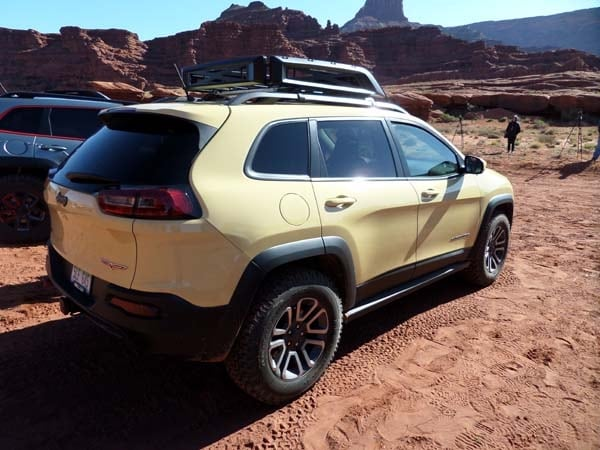 Jeep Confronts the Aftermarket Head-on With New Mopar Parts 10