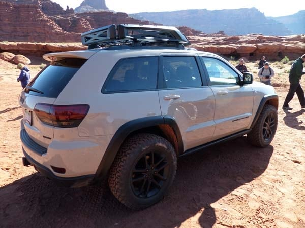Jeep Confronts the Aftermarket Head-on With New Mopar Parts 7