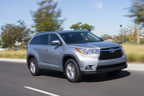Photo Gallery: Midsize SUV Best Buy of 2015 - Kelley Blue Book
