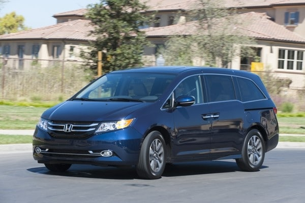 Photo Gallery: Minivan Best Buy of 2015 7