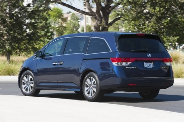 Photo Gallery: Minivan Best Buy of 2015 8