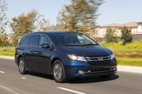 Photo Gallery: Minivan Best Buy of 2015 9