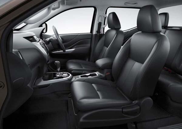 New Nissan NP300 Navara: Next-gen Frontier? 11