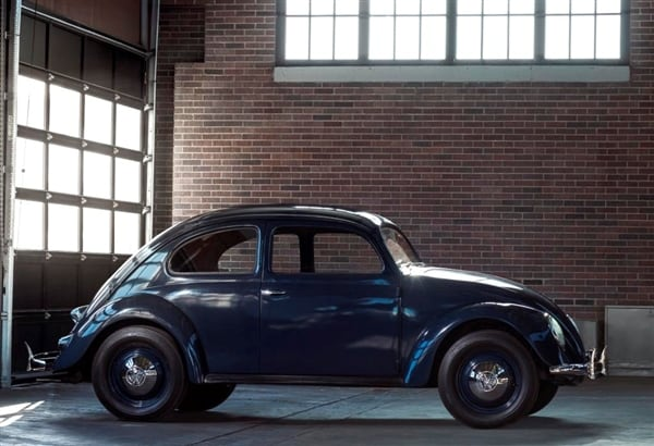 volkswagen beetle celebrates  years    kelley blue book