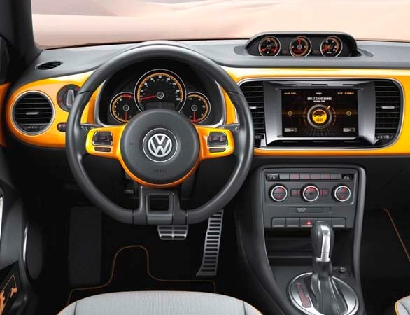 volkswagen beetle dune coming  america   kelley blue book