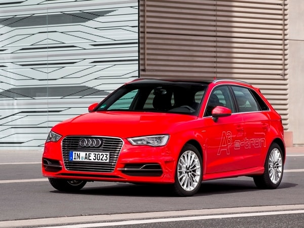 Driving the VW e-up! and Audi A3 Sportback e-tron: Rationality in Motion
