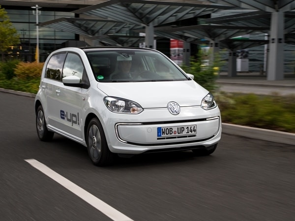 Driving the VW e-up! and Audi A3 Sportback e-tron: Rationality in Motion 22
