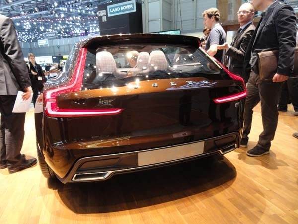 Volvo Concept Estate showcases intuitive new interface 3