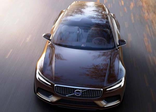 Volvo Concept Estate showcases intuitive new interface 25