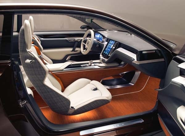 Volvo Concept Estate showcases intuitive new interface 33