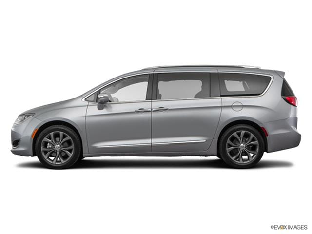 Photos And Videos 2017 Chrysler Pacifica Van Minivan