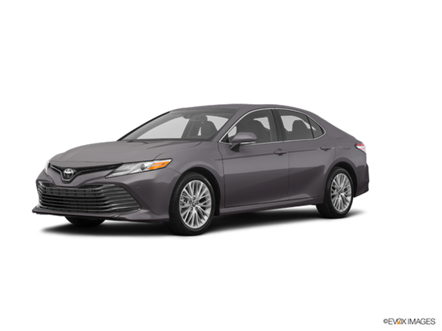 2018 Toyota Camry XLE New Car Prices | Kelley Blue Book
