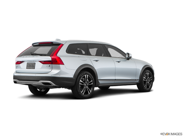 New Car 2018 Volvo V90 T6 Cross Country
