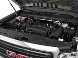2016 GMC Canyon Extended Cab Engine photo