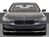 2017 BMW 7 Series Low/wide front photo