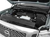 2017 Nissan TITAN XD Crew Cab Engine photo