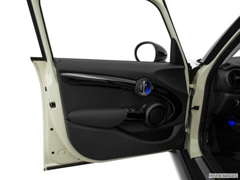 2017 mini hardtop 4 door Interior