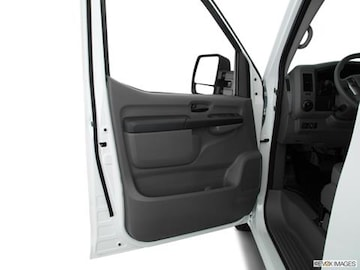 2018 nissan nv3500 hd cargo Interior