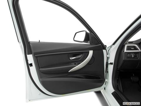 2017 bmw 3 series Interior