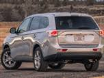 2014 Mitsubishi Outlander photo