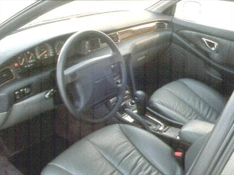 1992 mitsubishi diamante Interior