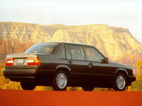 Kelley Blue Book Used Cars Trade In Value >> 1994 Volvo 940 | Kelley Blue Book