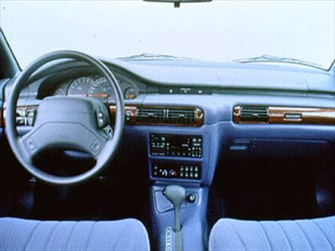 1995 chrysler concorde Interior