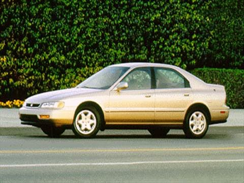 1995 Honda Accord DX Sedan 4D  photo