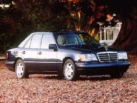 1995 mercedes benz e class pricing ratings reviews for Mercedes benz blue book