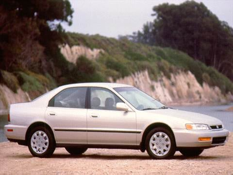 1996 Honda Accord LX Sedan 4D  photo