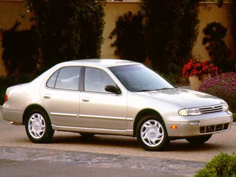 1996 Nissan Altima | Pricing, Ratings & Reviews | Kelley ...