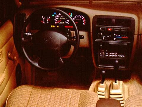 1996 nissan king cab Interior