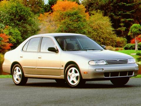 1997 Nissan Altima XE Sedan 4D  photo