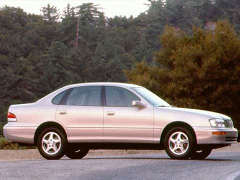 1997 toyota avalon pricing ratings reviews kelley. Black Bedroom Furniture Sets. Home Design Ideas