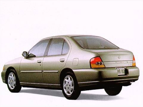 1998 Nissan Altima XE Sedan 4D  photo