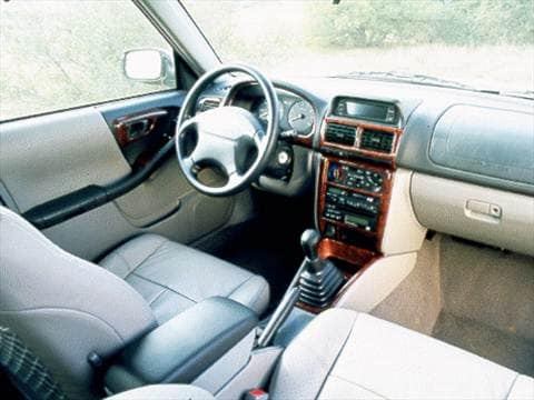 1998 subaru forester Interior