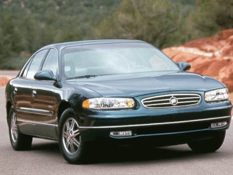 1999 Buick Regal LS Sedan 4D  photo