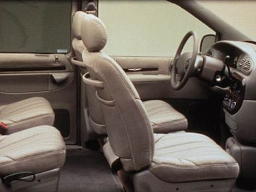 1999 Chrysler Town Country Interior