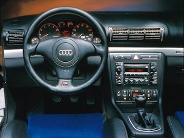 Audi S Pricing Ratings Reviews Kelley Blue Book - 2000 audi s4