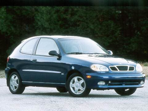 2000 Daewoo Lanos | Pricing, Ratings & Reviews | Kelley Blue Book