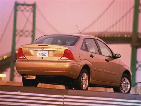 2000 Ford Focus SE Sedan 4D Pictures and Videos  Kelley Blue Book