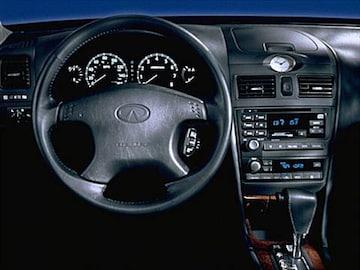 2000 Infiniti I Interior