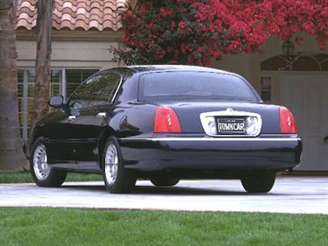 2000 Lincoln Town Car Pricing Ratings Reviews Kelley Blue Book