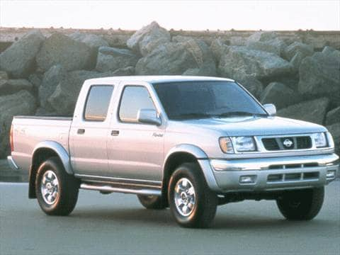 2000 Nissan Frontier Crew Cab XE 4D  photo
