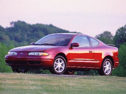 2000 Oldsmobile Alero GL Coupe 2D  photo