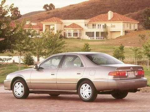 Used Toyota Camry For Sale Near Me >> 2000 Toyota Camry CE Sedan 4D Pictures and Videos - Kelley ...