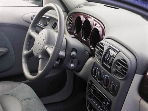 2001 chrysler pt cruiser Interior