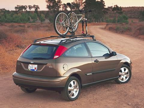 2001 Ford Focus ZX3 Hatchback 2D Pictures and Videos  Kelley Blue