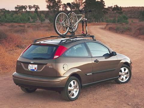 2001 ford focus zx3 hatchback 2d pictures and videos. Black Bedroom Furniture Sets. Home Design Ideas