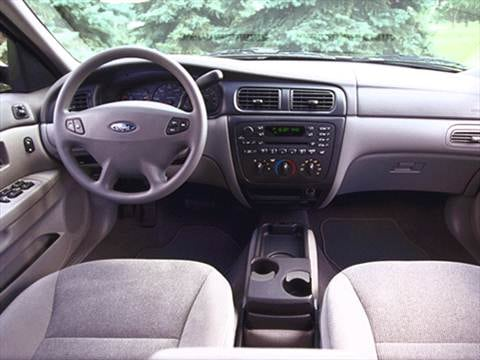 How much is a 2001 ford taurus worth